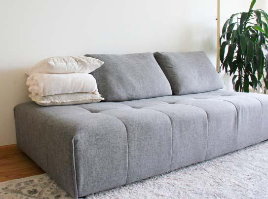 グレーのソファー